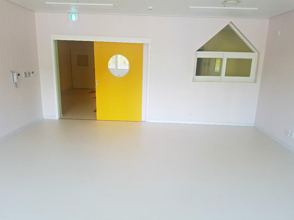 어린이집 바닥 유치원 인테리어 마루 마모륨 14.jpg